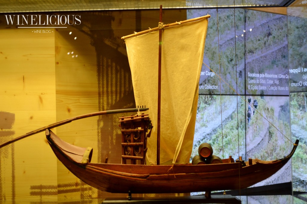 Barco Rabelo em miniatura